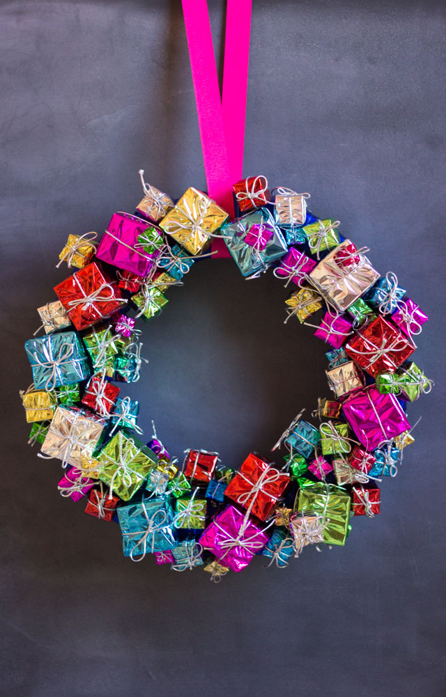 Mini Gift Box Christmas Wreath