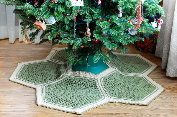 Granny Hexagon Crochet Tree Skirt