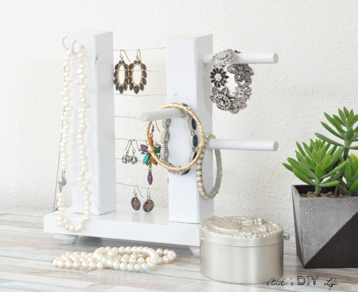 Table Tob Jewelry Holder