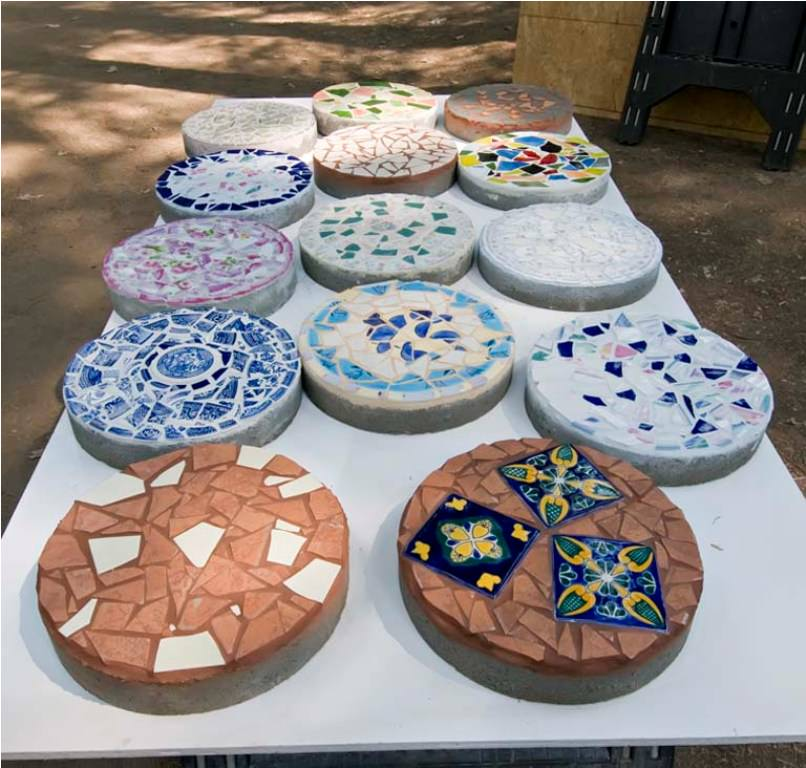 decorative stepping stones
