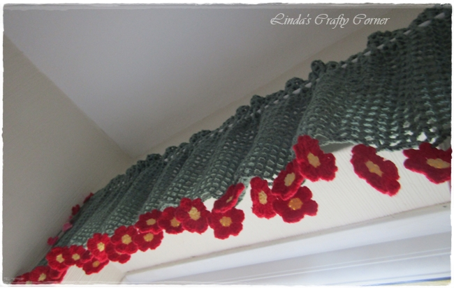 Cheerful Flower Curtain