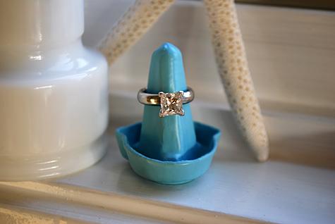 egg carton ring holder