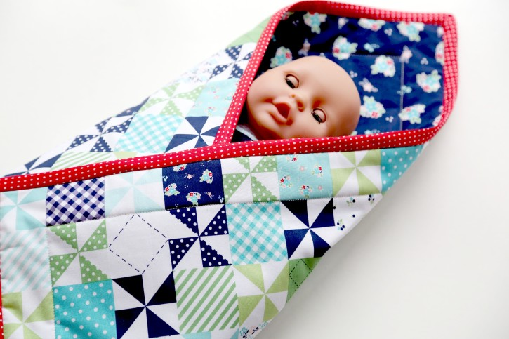 Baby Doll Pouch Blanket