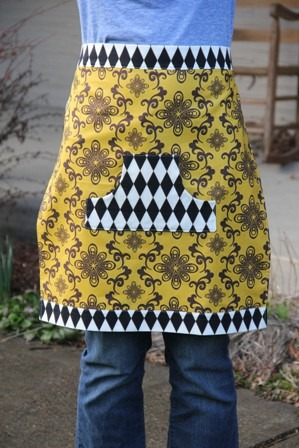 Fat Quarter Half Apron