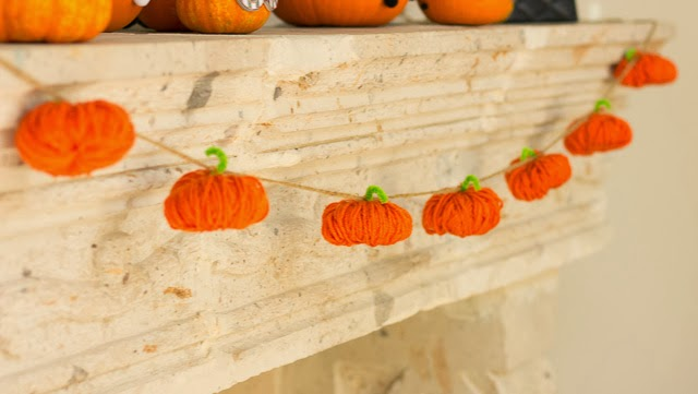 Halloween Yarn Pumpkin Garland