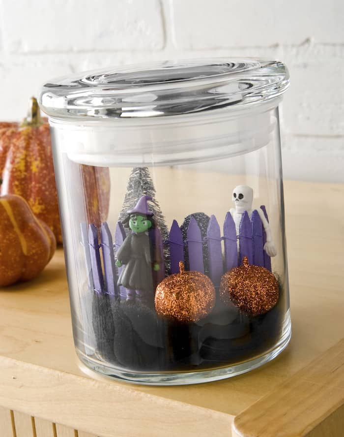 Mini Halloween in a Jar