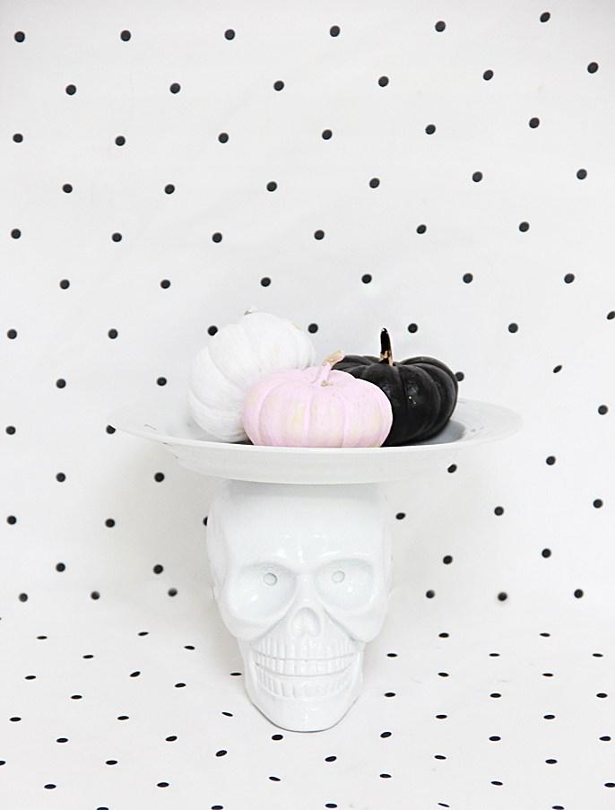 Skull Cake Stand