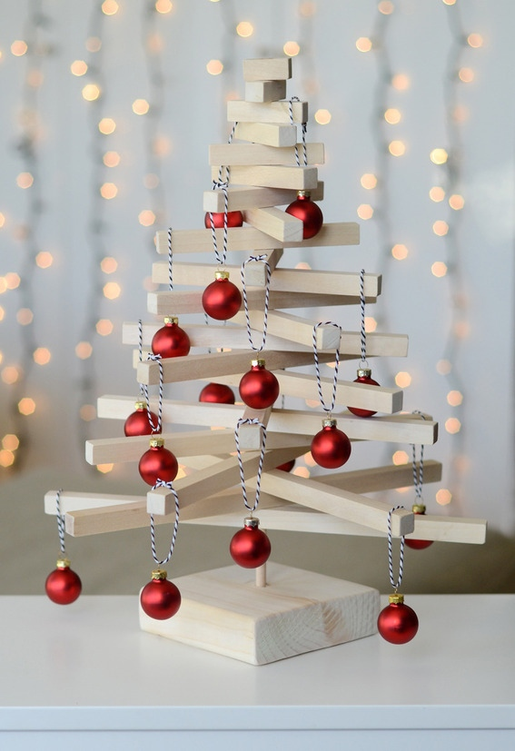 Modern Wooden Tabletop Christmas Tree
