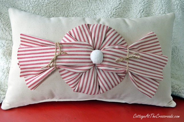 Peppermint Twist Pillow