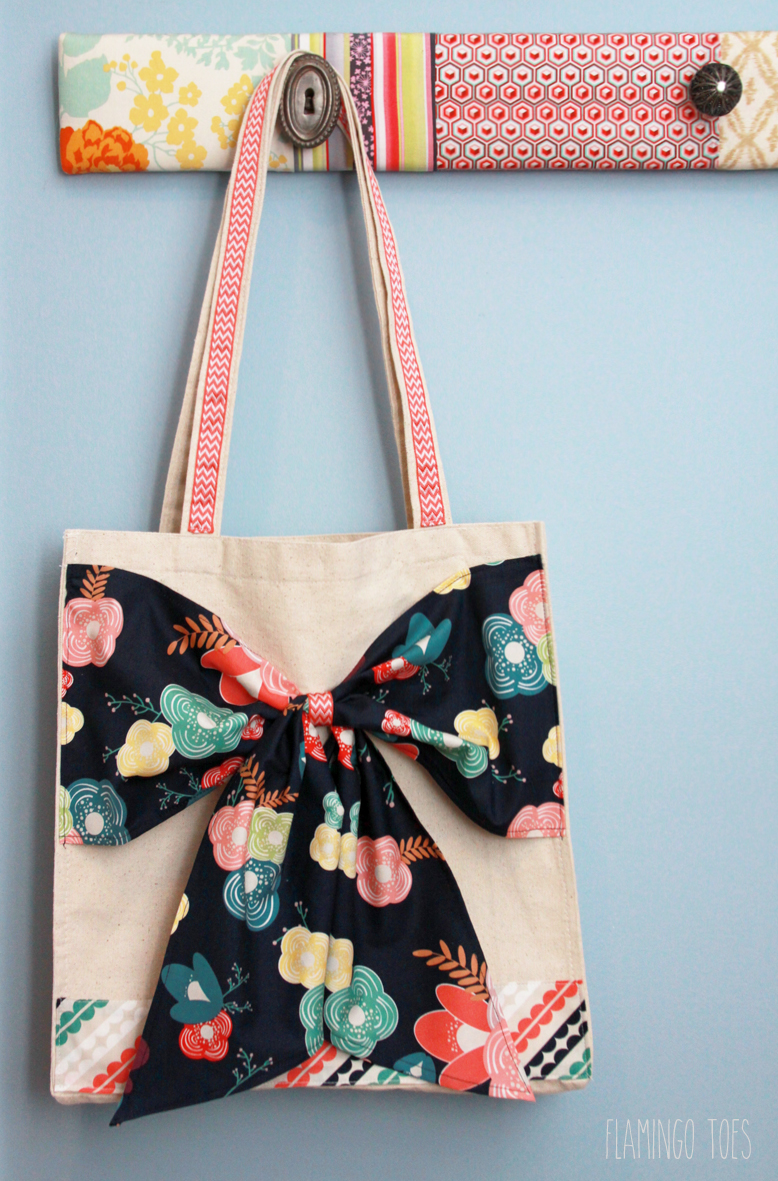 Easy Oversized Bow Tote