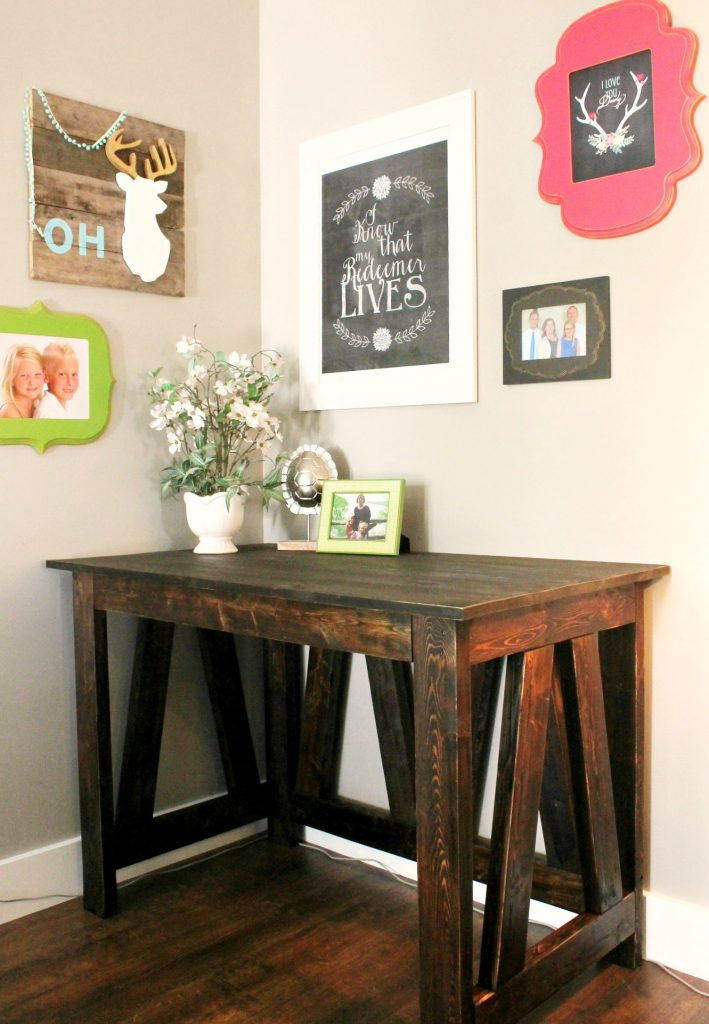 Desk from 2x4s