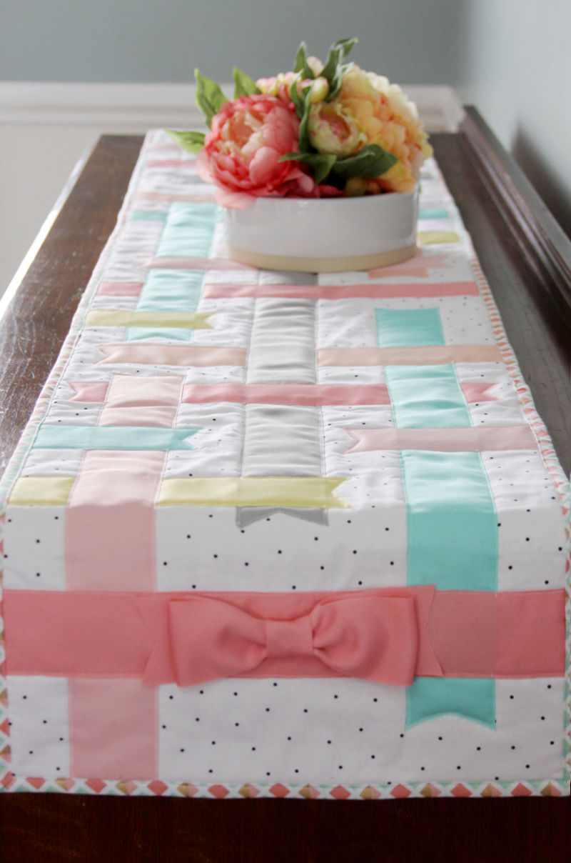Spring Ribbons and Bows Table Runner