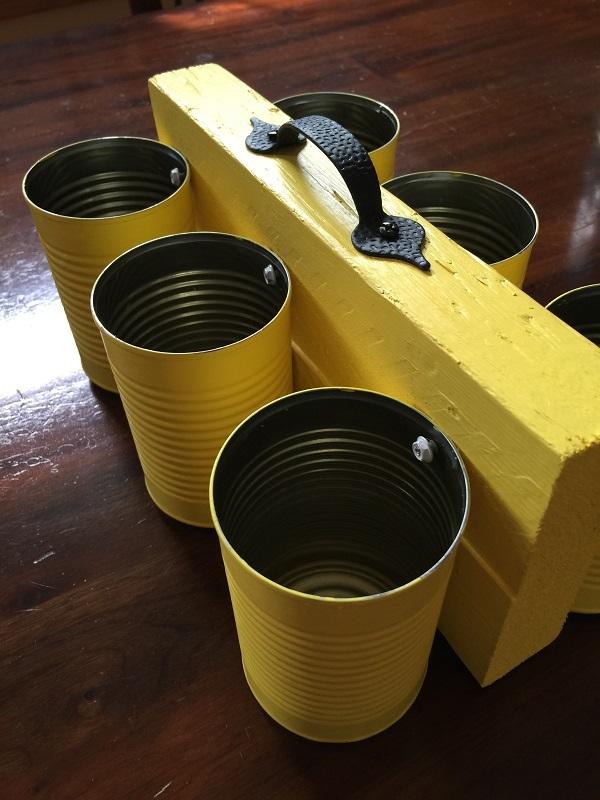 tin can utensil caddy