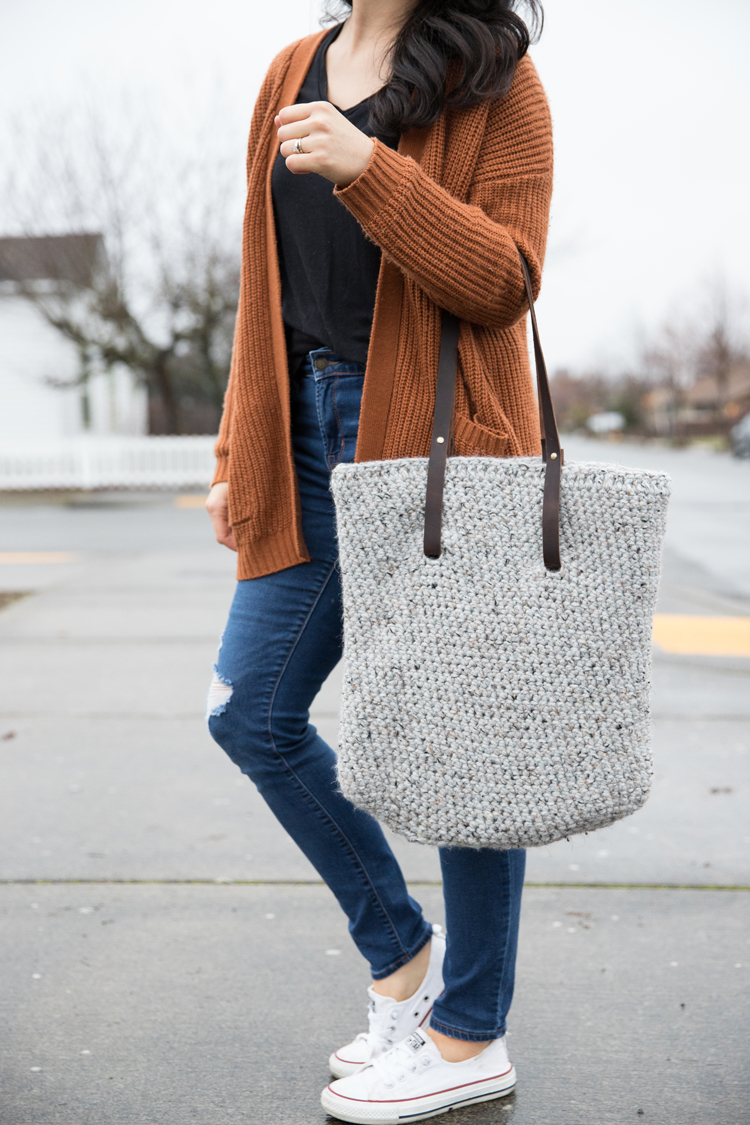 leather strap crochet tote