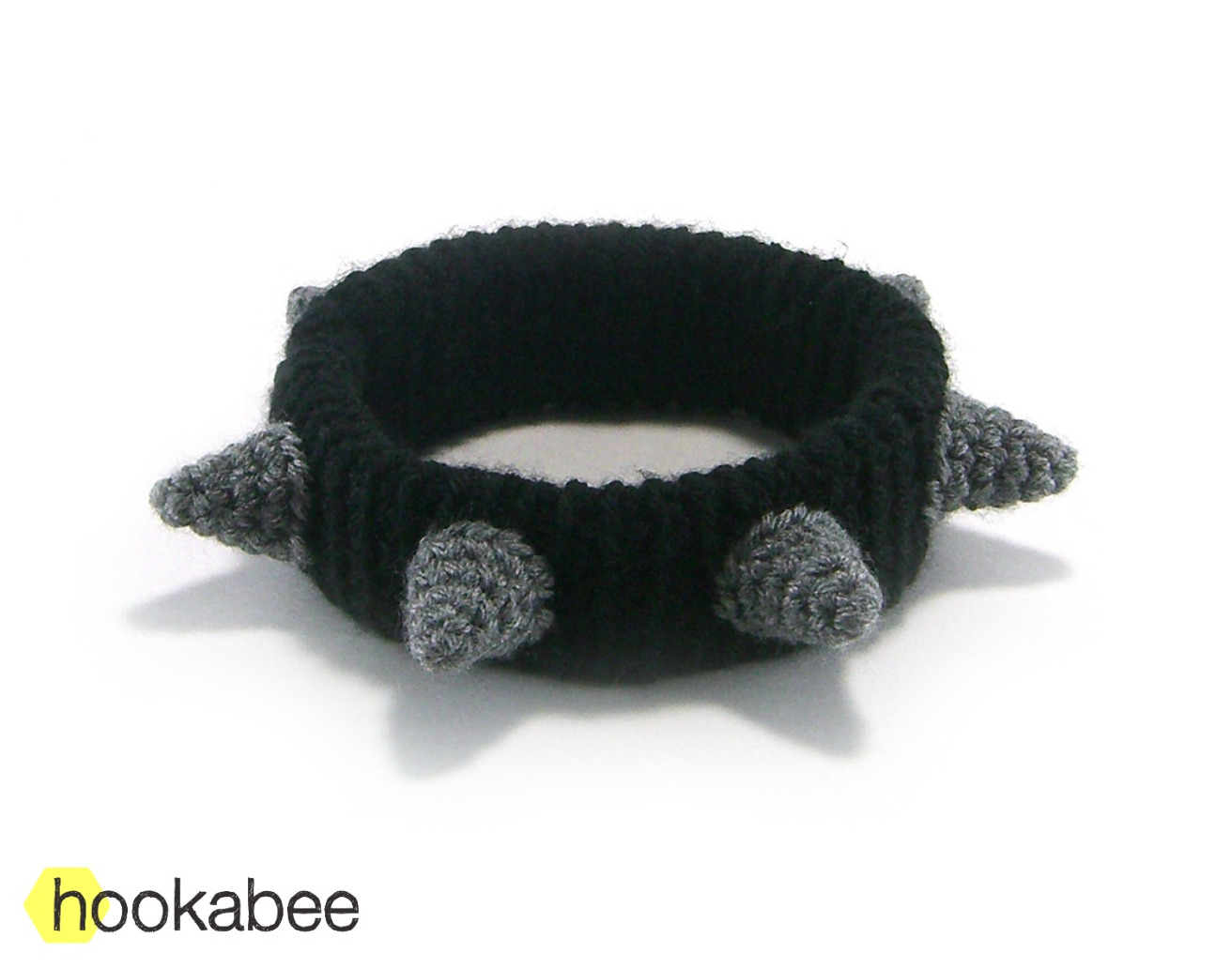 Spiked dog collar crochet pattern