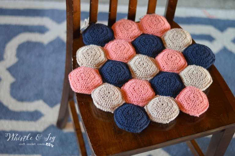 Hexie Puff Seat Cushion