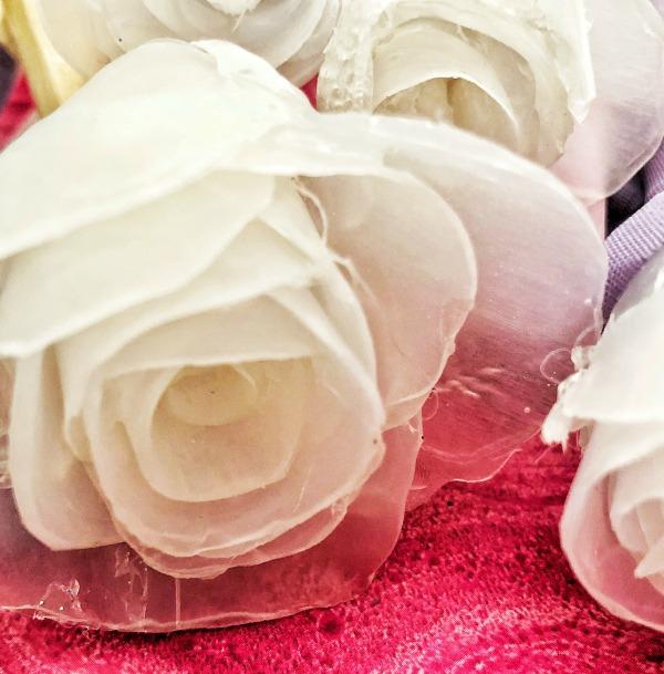 hot glue roses